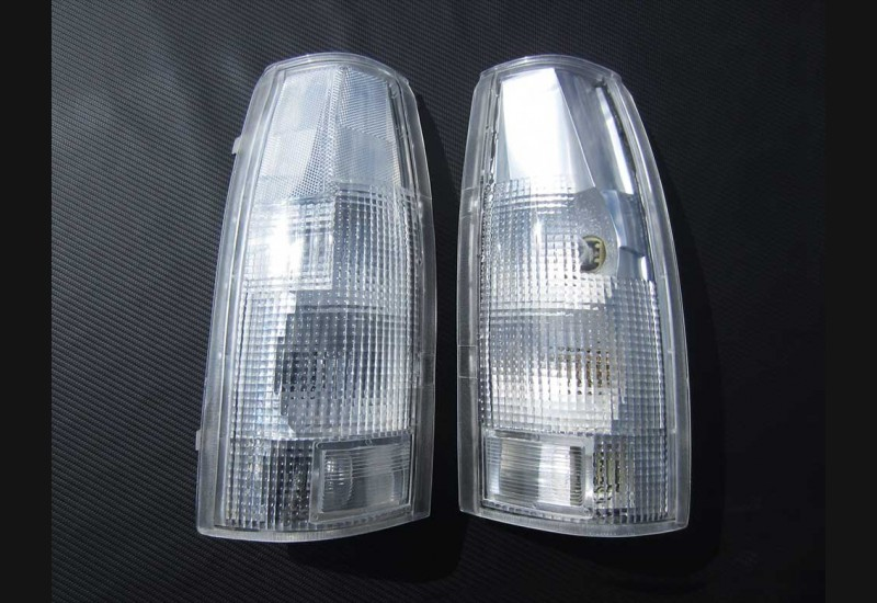 88-98 Chevy Clear Tail Light Lenses (OBS) B stock